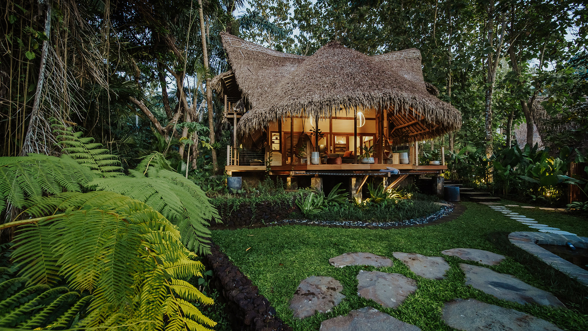 The concept is very inspiring, which is more plants than buildings. Large trees which are native to the area still maintained around the villas...